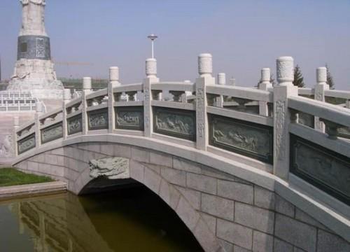 五莲花浮雕桥栏板