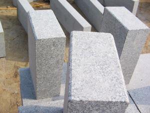 芝麻灰路侧石