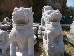 花岗岩石狮子