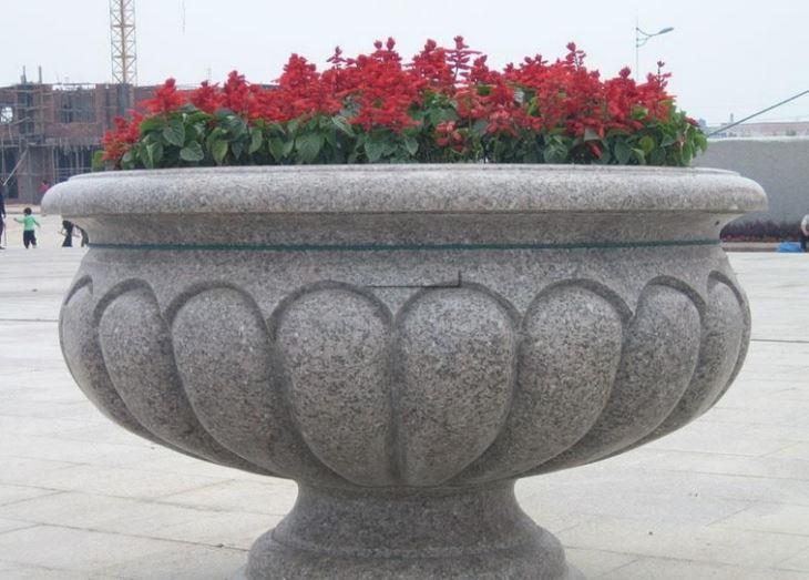 石雕花钵有多种材质种类